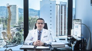 Dr-Salgado-neurourc